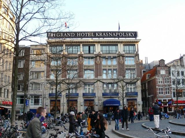 Krasnapolsky - very grand.