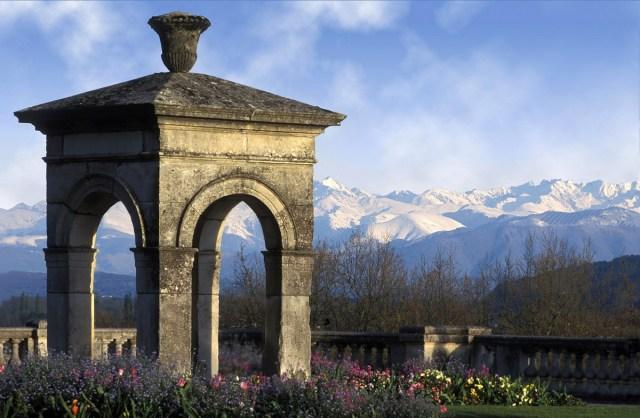 View from Boulevard des Pyrénées, Pau