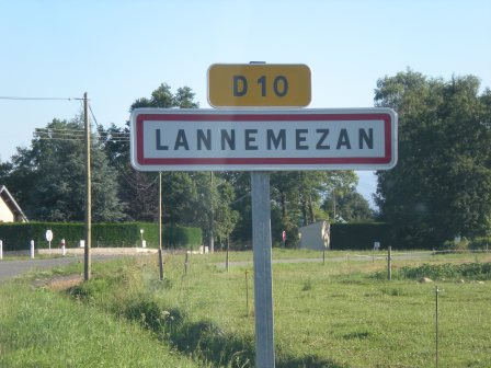 Lannemezan by day