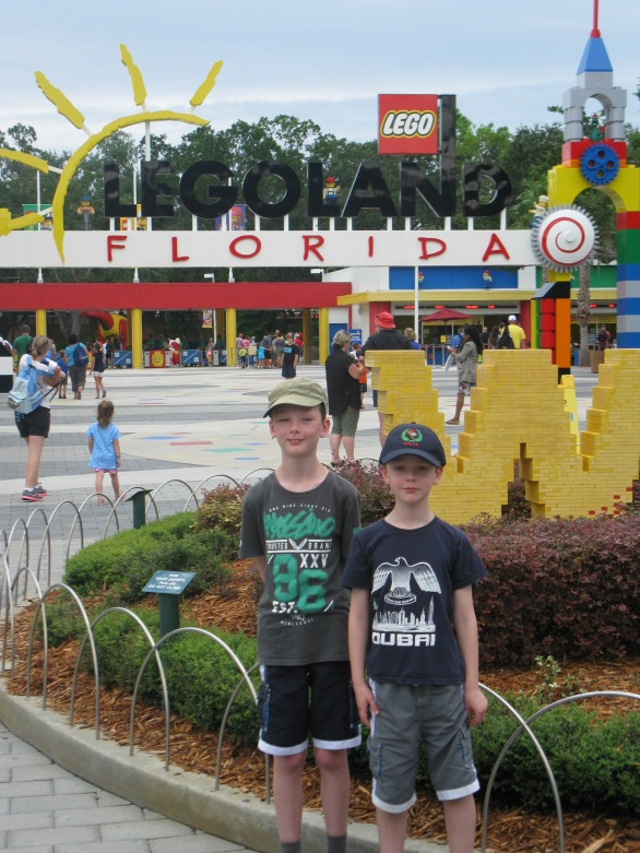 Sam and Dom are ready for Legoland